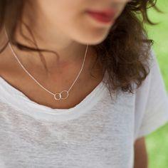 Silberketten - Halskette mit verschlungenen Ringen aus Silber - ein Designerstück von eliseetmoi bei DaWanda