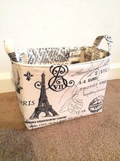 Paris themed Small Fabric Storage Basket von CherylsQuiltsNCrafts Check out the website for Paris Theme Bathroom, Paris Room Decor, Paris Rooms, Paris Themed Bedroom Decor, Thema Paris, Fabric Storage Baskets, Oui Oui, Bedroom Themes, Bedroom Ideas