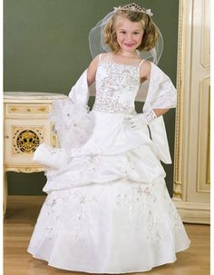 Cheap Ball Gown Spaghetti Straps White First Communion Dresses/Floor Length Beading Pick-up Satin Flower Girl Dresses with Wrap