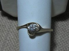 14k Diamond Ring Wedding Ring Heart .20 carat Size 9, to purchase double click on picture.