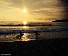 """Surfing's one of the few sports that you look ahead to see what's behind."" Dieses Bild hat Alisa während ihres #Humanmedizin Projekts in #Mexiko geschossen."