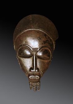 Baule Portrait Mask ndoma Attributed to The Master of Totokro Baule peoples, Ivory Coast Wood Height: 32 cm Provenance Charles Ratton, Paris
