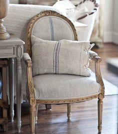 The Top 5 Reasons to Add Vintage to Your Home - Cedar Hill Farmhouse Reupholster Furniture, Upholstered Furniture, Painted Furniture, Chair Upholstery, French Decor, French Country Decorating, French Furniture, Vintage Furniture, Poltrona Bergere