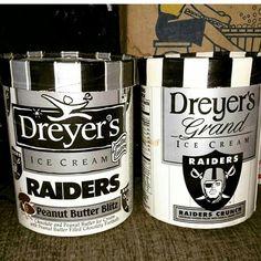 Raiders Vegas, Raiders Stuff, Raiders Girl, Funny Football Pictures, Raiders Players, Oakland Raiders Football, Raider Nation, Football Memes, Sports Teams