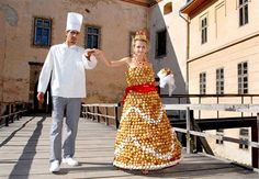 Donut hole wedding dress - She walks around the reception hall as the guests pick donut holes off of her one at a time!