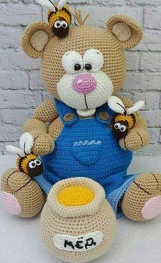 Crochet ideas 724094446319228127 - New and Trend Amigurumi Bear Crochet Pattern Ideas Part amigurumi patterns free; amigurumi for beginners; amigurumi patterns Source by Crochet Animal Amigurumi, Crochet Teddy, Crochet Bear, Cute Crochet, Crochet For Kids, Crochet Animals, Christmas Crochet Patterns, Crochet Patterns Amigurumi, Crochet Dolls