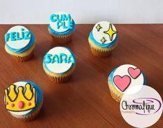 Princess Emoji cupcakes (Cupcakes de emoticones de princesa) https://www.facebook.com/ChromatiquePasteleria