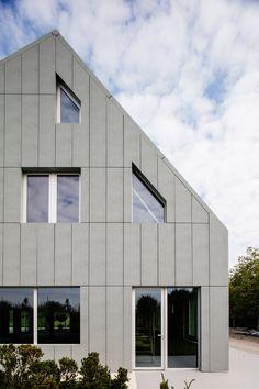 RRS - Studios, Csömör, 2017 - Giammetta Architects