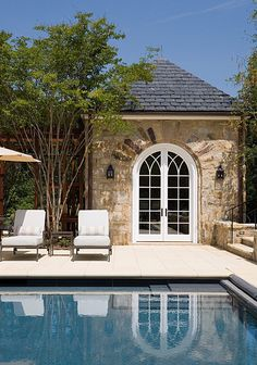 Pool house .