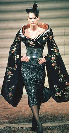 Alexander McQueen for Givenchy Haute Couture 'Eclect Dissect', F/W 1997/1998…