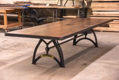 IndustriaLux Conference Table