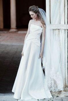 Noivas altas: os 30 vestidos que não vai querer perder Image: 22