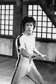 Bruce Lee Training, Wwe Jeff Hardy, Bruce Lee Games, Indian Yoga, Game Of Death, Jeet Kune Do, Boxing Fight, Enter The Dragon, Martial Artist