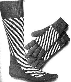 Striped Socks and Gloves Set Pattern Knit Mittens, Mitten Gloves, Back Of Hand, Striped Socks, Stockinette, Yarn Crafts, Knitting Patterns, Stitch, Sewing