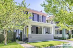 Trendy Historic Baldwin Park Charmer! 514 E 40th Street $296,000  •  3 Bed  •  2 Baths Liza DiMarco, Realtor™  •  805-450-3795