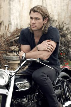 Chris Hemsworth on a Triumph...nice, just nice!!