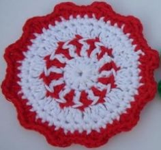 Peppermint Coaster FREE crochet pattern