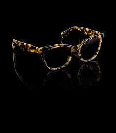 5860c3bc13dbb iscount Prada Sunglasses