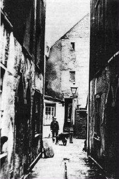 baptist mills slums 1854 Vintage London, Old London, East London, Bristol England, Uk History, Bristol City, War Dogs, Uk Photos, Hill Station