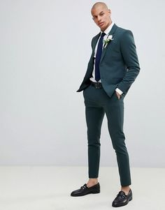 Buy River Island super skinny suit in dark green at ASOS. With free delivery and return options (Ts&Cs apply), online shopping has never been so easy. Get the latest trends with ASOS now. Prom Outfits For Guys, Prom For Guys, Homecoming Outfits, Church Outfits, Indian Men Fashion, Mens Fashion Suits, Mens Suits, Womens Fashion, Dark Green Suit Men
