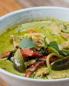 Thai Green Curry With Chicken By Chef Fern Recipe by Tasty Thai Green Chicken Curry, Thai Green Curry Recipes, Thai Recipes, Indian Food Recipes, Asian Recipes, Chicken Recipes, Cooking Recipes, Healthy Recipes, Green Thai