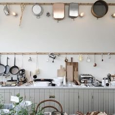kitchen rack styling inspiration, scandinavian kitchen, kitchen details, via… Small Kitchen Storage, Kitchen Storage Solutions, Kitchen Shelves, Kitchen Decor, Kitchen Herbs, Kitchen Styling, Black Kitchens, Home Kitchens, Kitchen Black