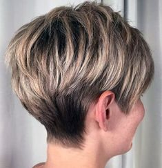Short Hairstyles For Thick Hair, Haircut For Thick Hair, Short Pixie Haircuts, Short Hair Cuts For Women, Pixie Hairstyles, Easy Hairstyles, Curly Hair Styles, Medium Hairstyles, Short Gray Hair