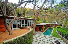 mid-century house in Los Angeles, the personal residence of architect Carl Maston, built in 1947.