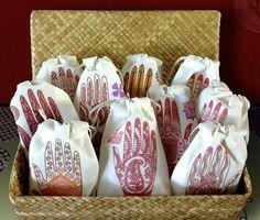 Henna Party Lavender Wedding Sachet Favors   South Asian   Indian Bridal Shower   Mehendi Ceremony Favor   10 Gifts   Shaadi Pakistan Muslim