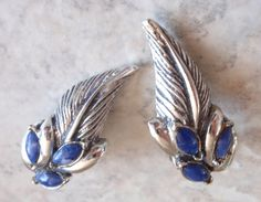 Florenza Blue Earrings Prong Set Marbled Marquise Feather Silver Tone Clip On Vintage V0857 by cutterstone on Etsy