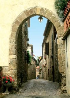 I would love to just stand there. Arch Entry, Mombaldone, Asti, Italy