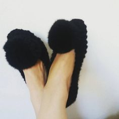 Chunky Slippers, Knit Slippers, Knit Socks, Slippers with Pompom, Women Slippers, Non-slip Slippers, Knit Flats, Gift Wrapping by DandelionWoolDesign on Etsy