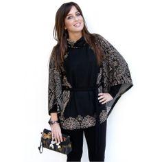 Black Robbi Smash Poncho Winter Colors, Winter Dresses, Kimono Top, Unique, Prints, Inspiration, Clothes, Black, Tops