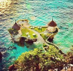 Boracay!!! I WANT TO GO!!!