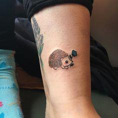Hedgehog Tattoo, Cute Tattoos, Tatoos, Tatting, Body Art, Piercings, Ink, Hedgehogs, Tortoise