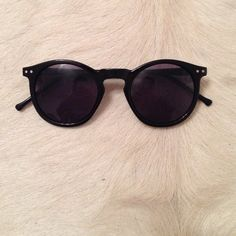 black sunglasses sassy lovable sunnies ! Accessories Glasses