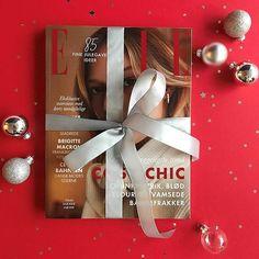Mangler du den sidste julegave til din veninde søster eller mor som kan vare hele året? Giv dem et abonnement på 4 8 eller 12 numre af ELLE fra kun 150 kronerhttp://ift.tt/2BJtIVF #abonnement #julegaventilhende via ELLE DENMARK MAGAZINE OFFICIAL INSTAGRAM - Fashion Campaigns  Haute Couture  Advertising  Editorial Photography  Magazine Cover Designs  Supermodels  Runway Models