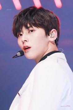 Hwang Min Hyun #wannaone #hwangminhyun Nu Est Minhyun, My Destiny, Learn To Love, Jinyoung, Entertainment, Shit Happens, Music, Kpop, Musica