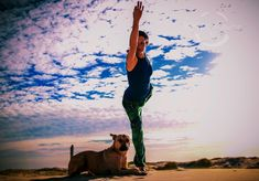 Natarajasana in the dunes with Myah. Let's be more like dogs. Loyal, humble, loving and non-judgemental!