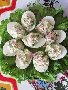 Stuffed Eggs with dill, radishes and green onions are perfect for Easter breakfast or lunch. One of the best Stuffed Eggs that have to be on Easter table! Caramelized Brussel Sprouts, Roasted Garlic Asparagus, Herb Roasted Potatoes, Asparagus And Mushrooms, Mashed Sweet Potatoes, Loaded Baked Potato Salad, Vegan Plate, Easter Lunch, Easter Ham
