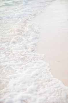 The way the waves kiss the shore is so beautiful -Loved and repinned by www.evolationyoga.com