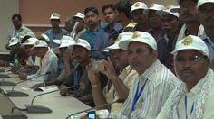 राजधानी - नया रायपुर के विकास से रूबरू हो रहे रायगढ़ पंचायत प्रतिनिधि।