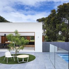 Dreaming of blue skies and the Wildcoast Project by @dangayferdesign this morning Nestled behind the Blairgowrie Back Beach on the Mornington Peninsula this dream project brings customised and considered innovation to residential building and interior and exterior design to enhance everyday life. Featuring Tait's Volley Lounger and Nano Table this incredible home exemplifies A Life Outside.  Both iconic Tait products can be discovered in either Tait showrooms or online at madebytait.com.au…