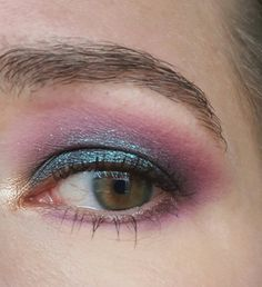 Oil slick by MUFE Artist 2 palette and Urban Decay Solstice
