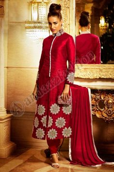 #AndaazFashion Présente Rouge Bhagalpuri Soie Ensemble Churidar Avec Dupatta Prix:93,13 €   http://www.andaazfashion.fr/salwar-kameez/churidar-suits/red-bhagalpuri-and-silk-churidar-suit-with-dupatta-dmv13804.html
