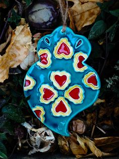 Inspiration Viana heart (for haging). Handmade by  Lígia Ceramic Design.