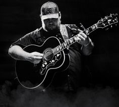 Luke Combs: Beer Never Broke My Heart Tour in San Antonio,TX at Cheap Concert Tickets ★★ Buy tickets on Music Tickets Country Lyrics, Country Music Stars, Country Songs, Country Musicians, Country Music Singers, Country Artists, Photo Wall Collage, Picture Wall, Luke Combs Lyrics