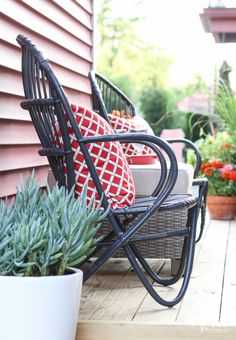Tips, tricks & ideas for decorating your deck