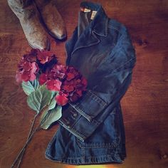 """Jean Jacket Ladies over sized jean jacket, dark wash vintage look. 2 front pockets, with 3 button closure, measures 25"""" from shoulder to hem, would fit a size large as well. Fantastic condition. Faded Glory Jackets & Coats Jean Jackets"""