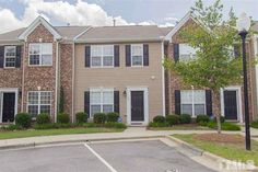 $1,195 - 19 Suncrest Court, Taylor Estates 107/A, Durham 27703 - 2 bedrooms, 2 fullbaths, 1 halfbath. Real Estate Houses, Durham, Renting A House, Garage Doors, Bedrooms, Mansions, House Styles, Outdoor Decor, Home Decor